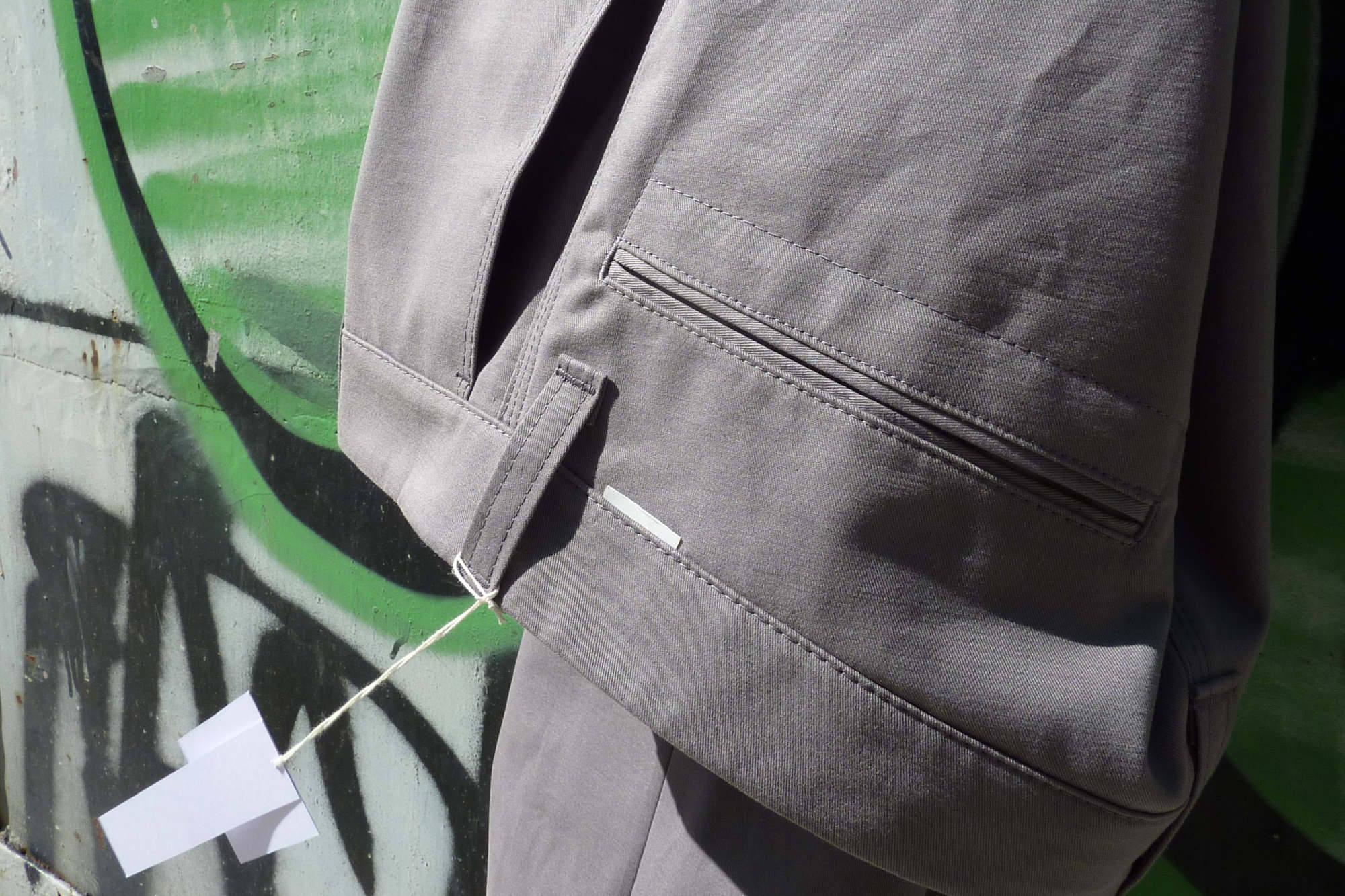 graue chinohose, bio, baumwolle. chinohose aus loden. chinos aus denim und hanf - chinohose, fair, nachhaltig, mode, produziert