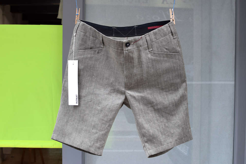 Kurze Hose aus einem Leinen-Wollstoff by Abraham Moon von INDNAT