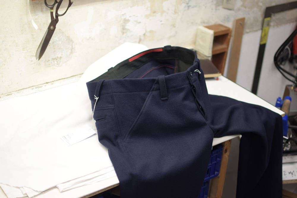 Dunkelblaue Lodenhose von INDNAT, blaue, marineblaue, Lodenhosen, Chinos, Worker, Hose, aus, Loden